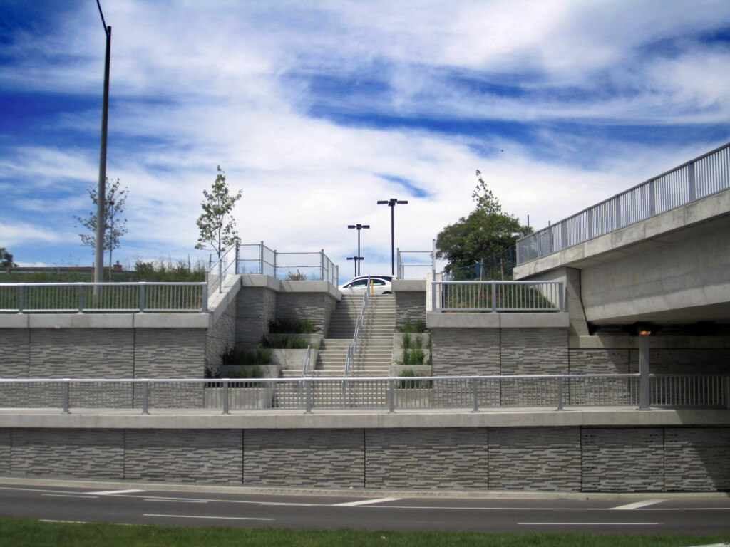 10RC48_Sheppard_Ave_LRT-Toronto_ON