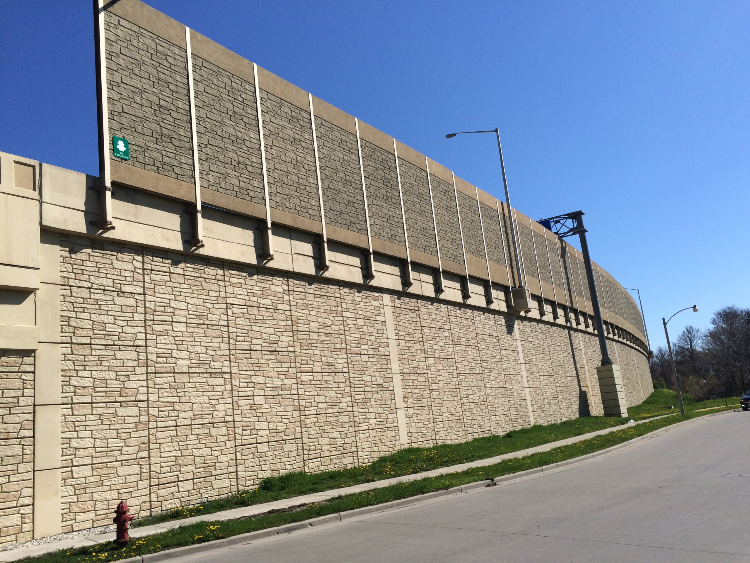 A precast noise barrier along I-94 in Milwaukee, WI.
